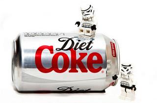 カロリーゼロの飲料水は本当に太らないのか?