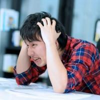 頭痛で困ってるなら必ず知っておきたい!後頭部が痛いときの原因と予防法