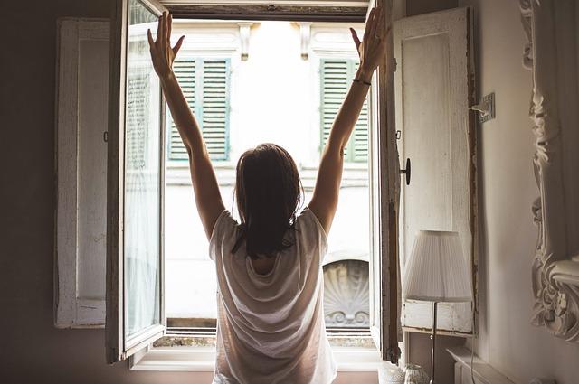朝起きて腰が痛い人は必ず読んだ方がいい!寝起きに腰痛が起こる3つの原因