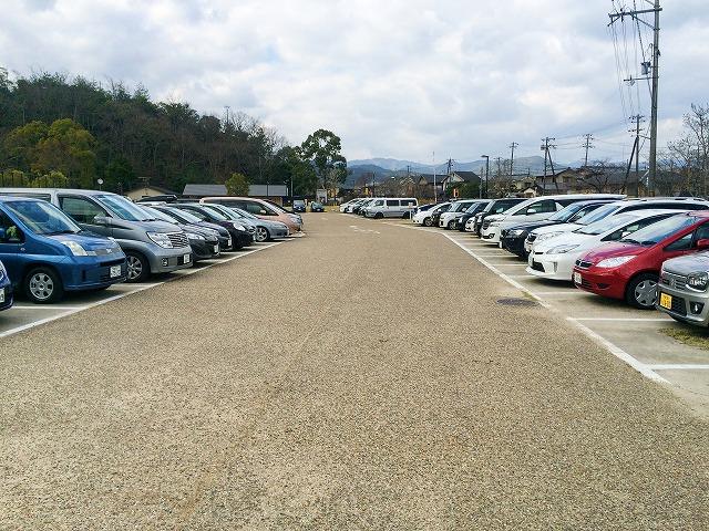 【宝が池公園】子どもの楽園駐車場