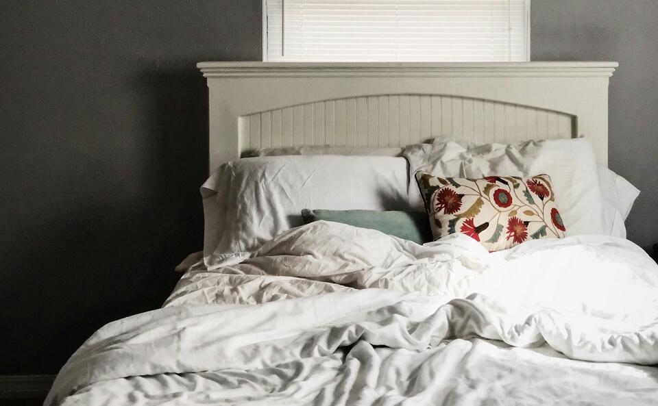 自分に合った寝具で寝て腰痛改善