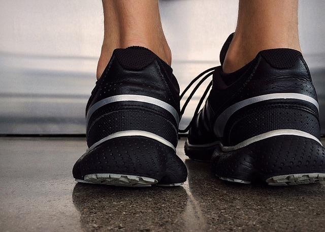 筋トレ不要!腹筋を鍛えるにはランニングだけで十分!その理由を解説
