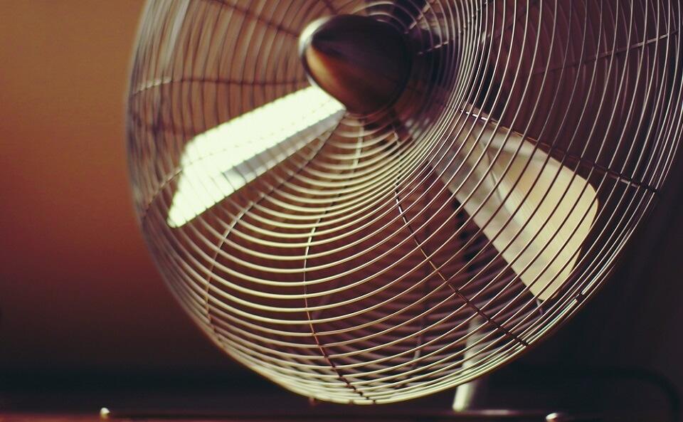 寝るときにエアコンをつけるなら知っておきたい使い方のポイント!