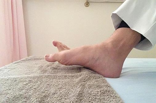 足の裏を鍛えるO脚エクササイズ