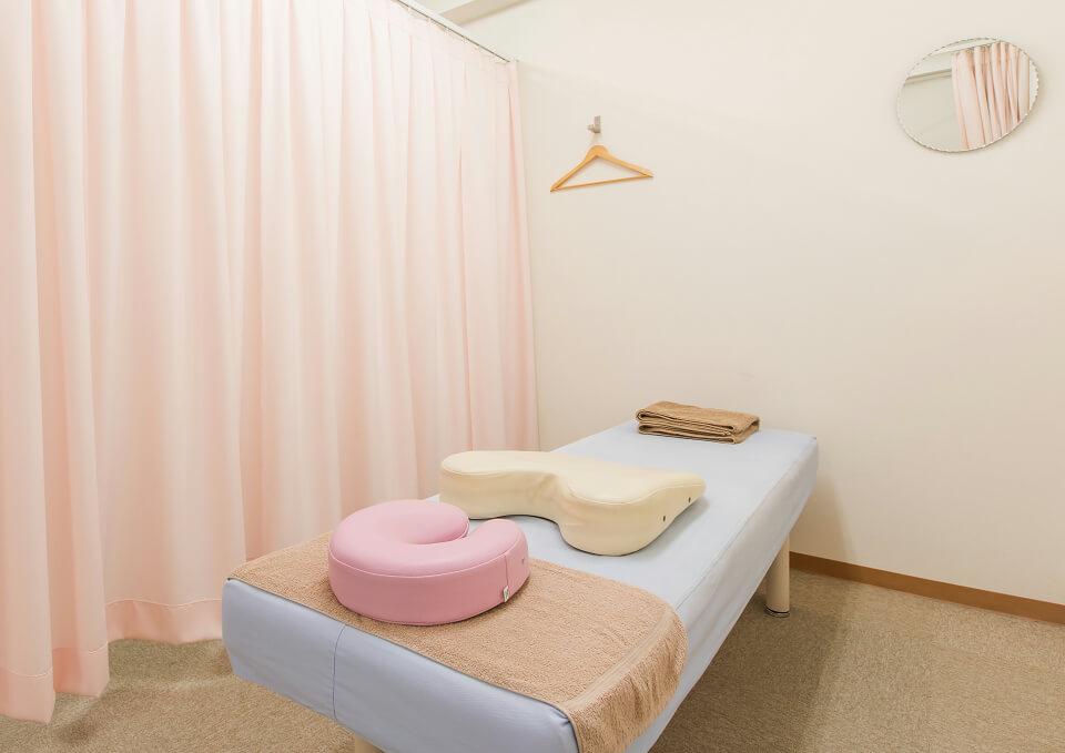 完全予約制の施術スペース